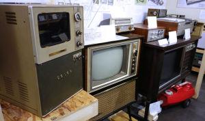 テレビの展示替え